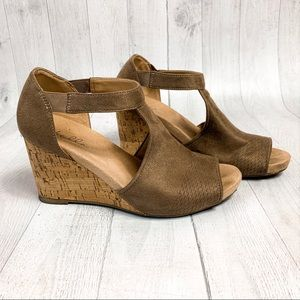 Abella Taupe Hydra Wedge Sandals 7.5